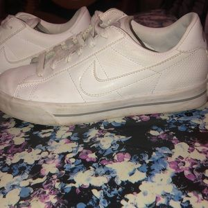 Pre-Loved All White Nike Sneakers